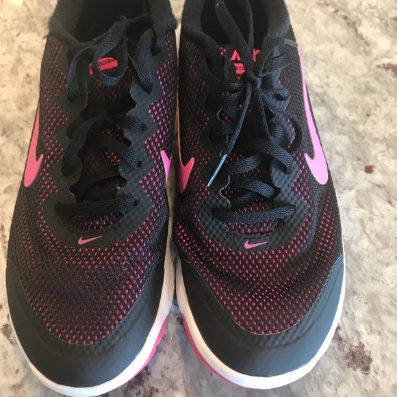 Pink and black Nike Tennis Shoes